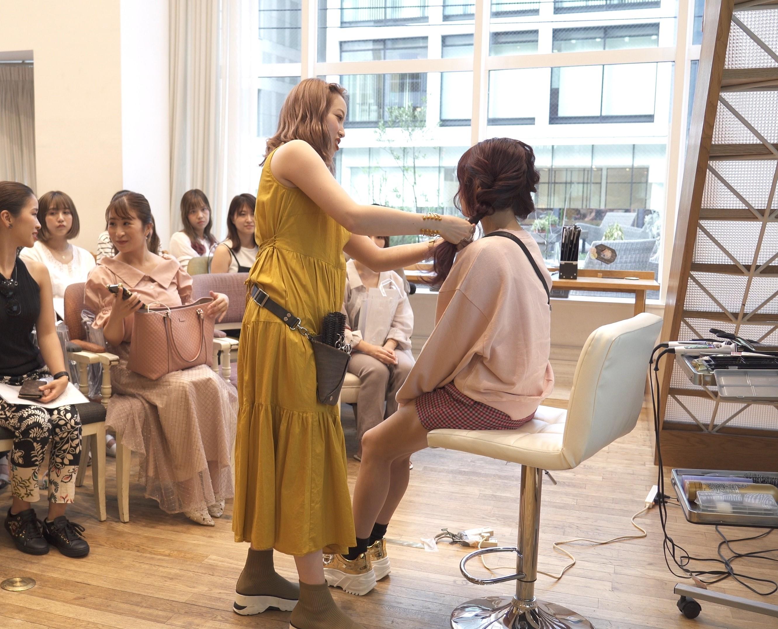 美容師によるレクチャー